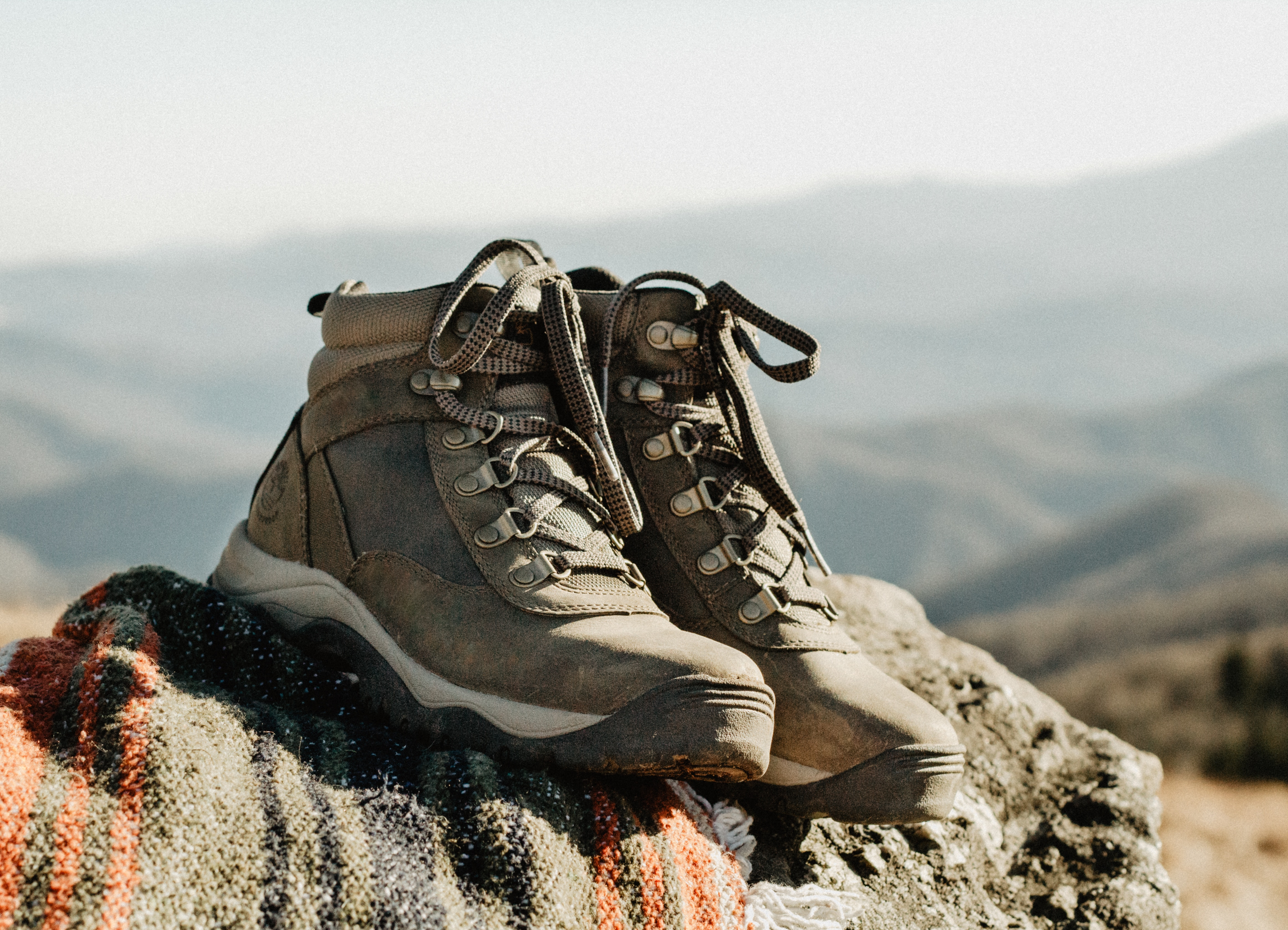 hiking boots for pregnant women